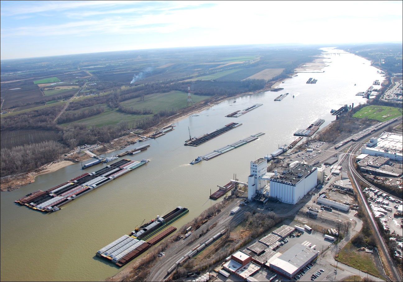 Cement barge and casino boat colide on mississippi river is internet gambling legal in canada